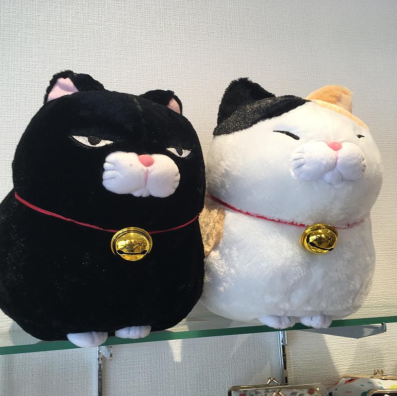 ネコぬいぐるみ(黒豆・みーさま)