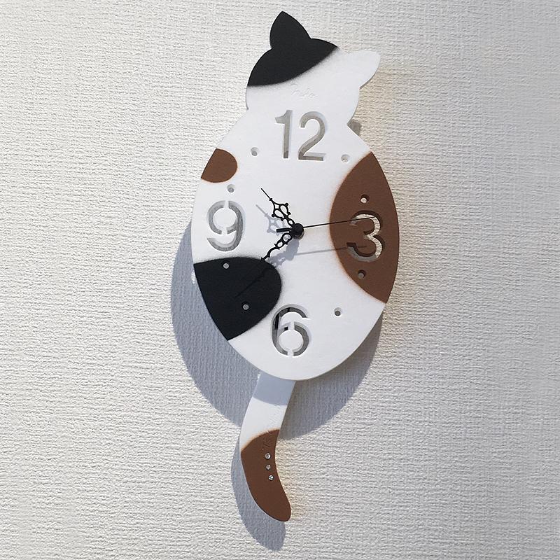 ネコ壁掛け時計
